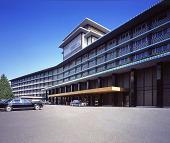 世界が「私たちの財産」と言う建物を日本人は守れないのか(加藤のオーサー記事)